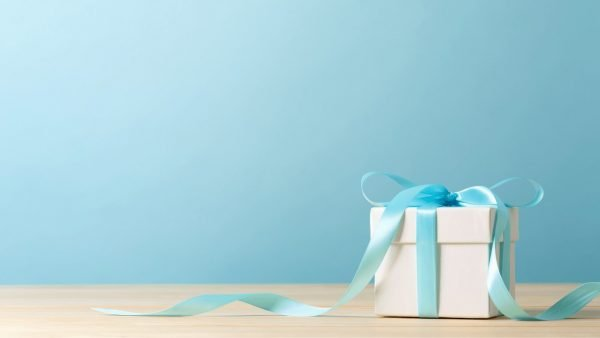 6 Gifts For People With Anxiety [& Why They Work]